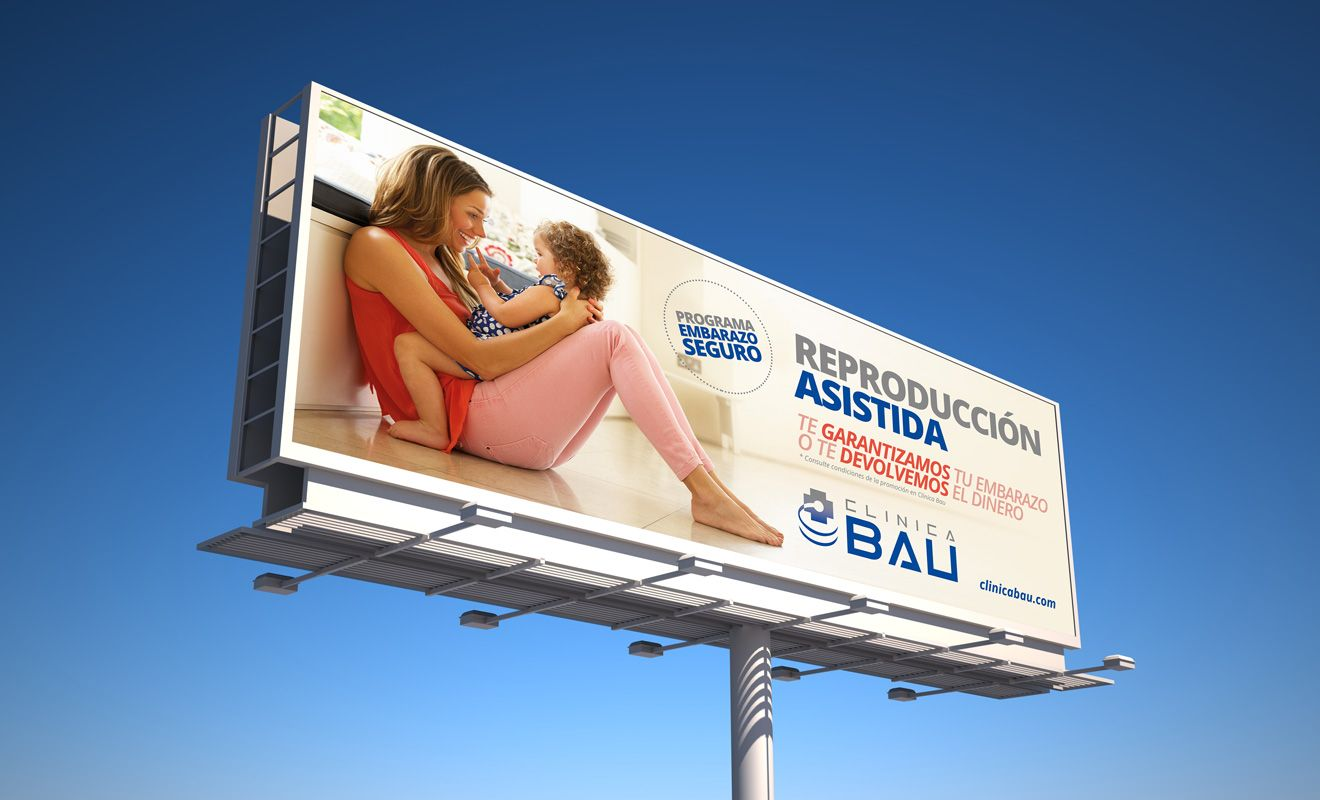 Publicidad Exterior Clínica Bau